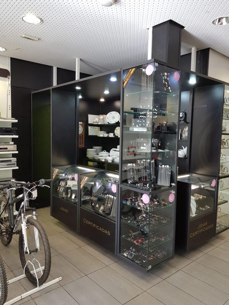 Cash Converters Lisboa, Rua Alexander Herculano, 82-84. Compra e venda em segunda mão